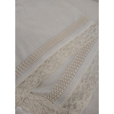 Toca Blanca/beige con encaje de Gavidia